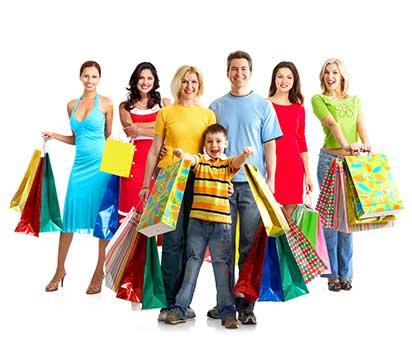 Net Promoter Score® Konzept - Beitragsbild Warum NPS - Familie beim Shoppen / Einkaufen