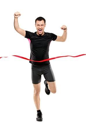 Net Promoter Score® (NPS) – Konzept - Beitragsbild - Umsetzung – Auswertung & Interpretation - Sportler rennt ins Ziel ein